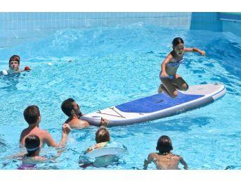 Antalya'da Sıcak Bunalttı, Su Parkları Doldu...