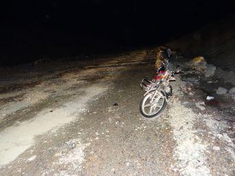 Gölpazarı'nda Motosiklet Kazası; 2 Yaralı