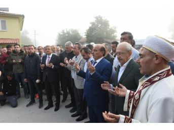 Chp Lideri Kılıçdaroğlu, Bayram Namazını Bolu Karaağaç Köyü'nde Kıldı - Fotoğraflar