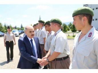 Vali Dağlı, Güvenlik Güçlerinin Bayramını Kutladı