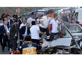 Başbakan Yıldırım, 5 Ölümlü Kazayı Görünce Konvoyu Durdurdu