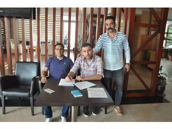 Payasspor 5 Futbolcuyla Sözleşme İmzaladı