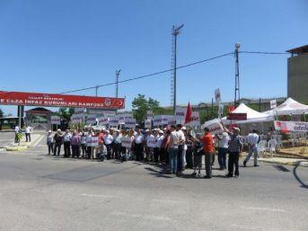 Fotoğraflar // Bayramda Da Maltepe Cezaevi Önünde