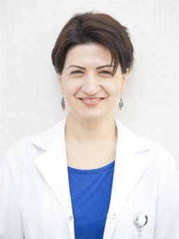 """Dermatoloji Uzmanı Uzm. Dr. Emir: """"aşırı Terleme İş Ve Okul Hayatını Etkiliyor"""""""