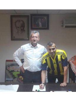 Menemen Belediyespor'da Cihan Imzaladı