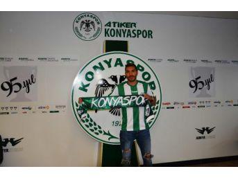 Atiker Konyaspor, Bourabia Ve Traore'yi Renklerine Bağladı