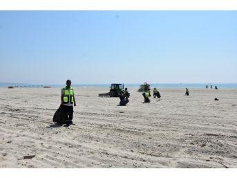 Tekirdağ'ın 72 Kilometre Plajında Bayram Temizliği