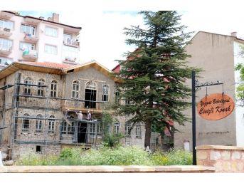 Yozgat'ta Tarihi Konaklar Restore Edilerek Turizme Kazandırılıyor