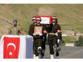 Hakkari'deki Çatışmada 1 Özel Harekat Polisi Şehit Oldu (3)
