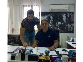 İzmir Rota Koleji'nde Onat Devam