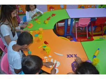 Pıtırcık Oyun Evi Etkinlik Odasında Çocuklar İçin Yaz Kampanyası Yapıldı