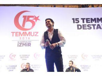 İzmir'de Nöbet Devam Ediyor
