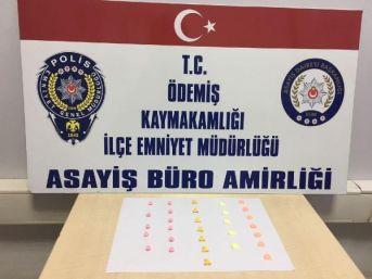 Üzerinde 30 Uyuşturucu Hap Çıktı, Gözaltına Alındı