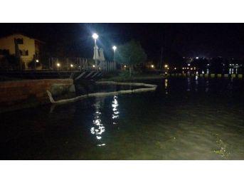 Sapanca Gölü'ne Akaryakıt Sızıntısı Önlendi