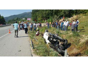 İnegöl'de Otomobil Yağmur Suyu Kanalına Düştü: 2 Yaralı