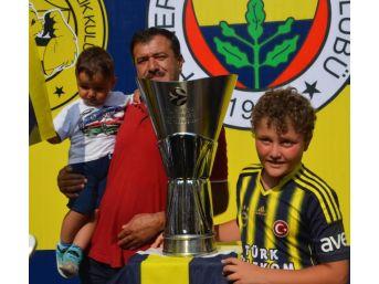 Fenerbahçe'den Denizli'ye