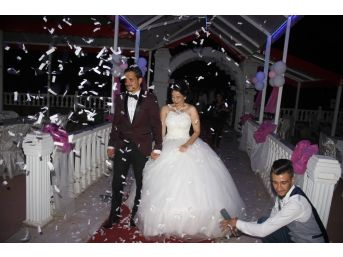 Yarıda Kalan Düğün 10 Ay Sonra Yeniden Yapıldı