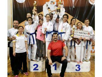 Diyarbekirspor Karatecileri Adıyaman'da Şov Yaptı