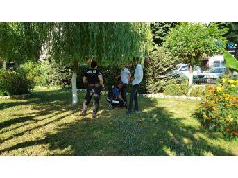 Güvenli Parklar İçin Polis Görevi Başında