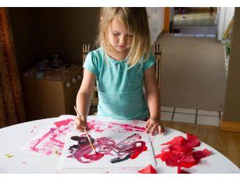 Çocukların Yaptıkları Resimlere Dikkat