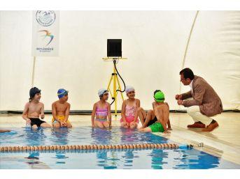 Başkan İmamoğlu, Yaz Spor Okulları'nı Ziyaret Etti