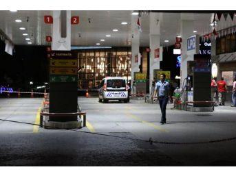 Benzinlikte Müşteri Ile Pompacı Arasında Kavga: İki Yaralı