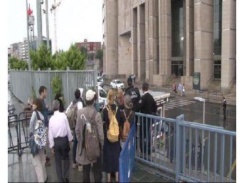 Büyükada'daki Toplantıya 6 Tutuklama (Geniş Haber)