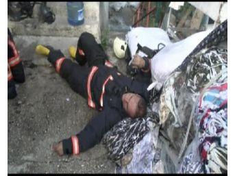 Sanayi Sitesindeki Yangına Müdahale Eden Itfaiyecilerden Bazıları Fenalaştı (1)