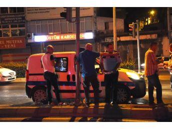 İzmir'de Otomobilin Çarptığı Genç Öldü