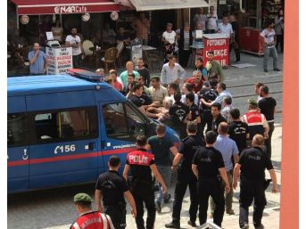 Çarşı Izninden Dönen Askerlere Otobüste Saldırı (2)