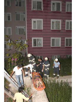 3'Üncü Kattan Düşen İranlı Ağır Yaralandı