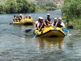 Dalaman'da Kurumlar Arası Rafting Kaymakamlık Kupası
