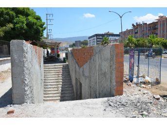 Milas'ta Alt Geçit Revize Ediliyor
