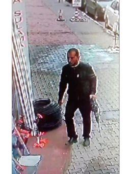 Azılı İnşaat Hırsızını Kamera Kayıtları Yakalattı