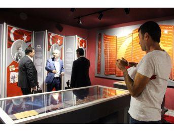 Kahraman Şehit Ömer Halisdemir'in Adı Kültür Merkezinde Yaşayacak