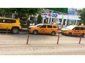 Taksici Ve Minibüsçülerin Korsan Tepkisi