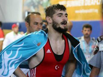 Grekomen Güreşte Altın Madalya Sevinci