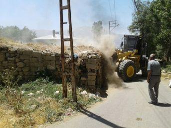 Edremit Belediyesinden Hummalı Çalışma