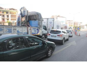 Yalova- İzmit Karayolundaki Çalışma Nedeniyle Trafik Yoğunluğu