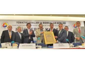 Bakan Tüfenkci, İş Dünyasını Fetö'ye Karşı Uyanık Olmaya Çağırdı