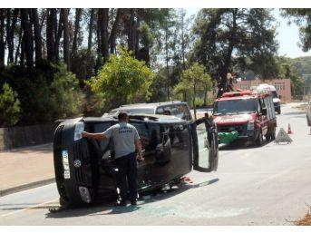 Antalya'da Otomobil Takla Attı: 1 Yaralı