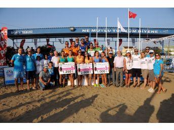 20. Geleneksel Lapseki Plaj Voleybolu Sona Erdi