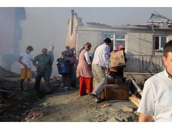 Çankırı'Daki Yangında 27 Ev Kül Oldu (2) - Yeniden