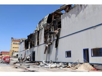 Gaziantep'te Yanan Fabrikaya Girenler Şok Eden Tahribatla Karşılaştı