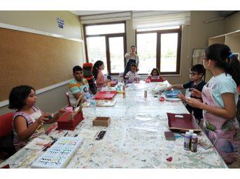 Kırşehir Belediyesi 13 Branşta 36 Kurs Veriyor