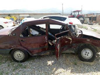 Alaşehir'de Trafik Kazası: 1 Ölü, 4 Yaralı