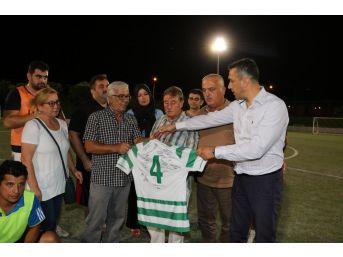 Manisa Bbsk Mustafa Derin Anısına Futbol Turnuvası Düzenledi