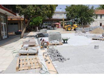 Soma'da Meydan Projesi Çalışmaları Hız Kazandı