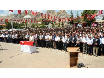 Şehit Astsubay Akdağ'ı5 Bin Kişi Uğurladı