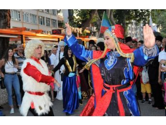 14. Yalova Uluslararası Kafkas Dans Ve Müzik Festivali Kortejle Başladı